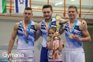 krav-rav-mac-junior
