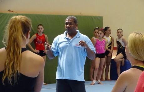 השתלמות עם המאמן ג׳ו פרייזר לסגל האזורי והארצי של אתנה